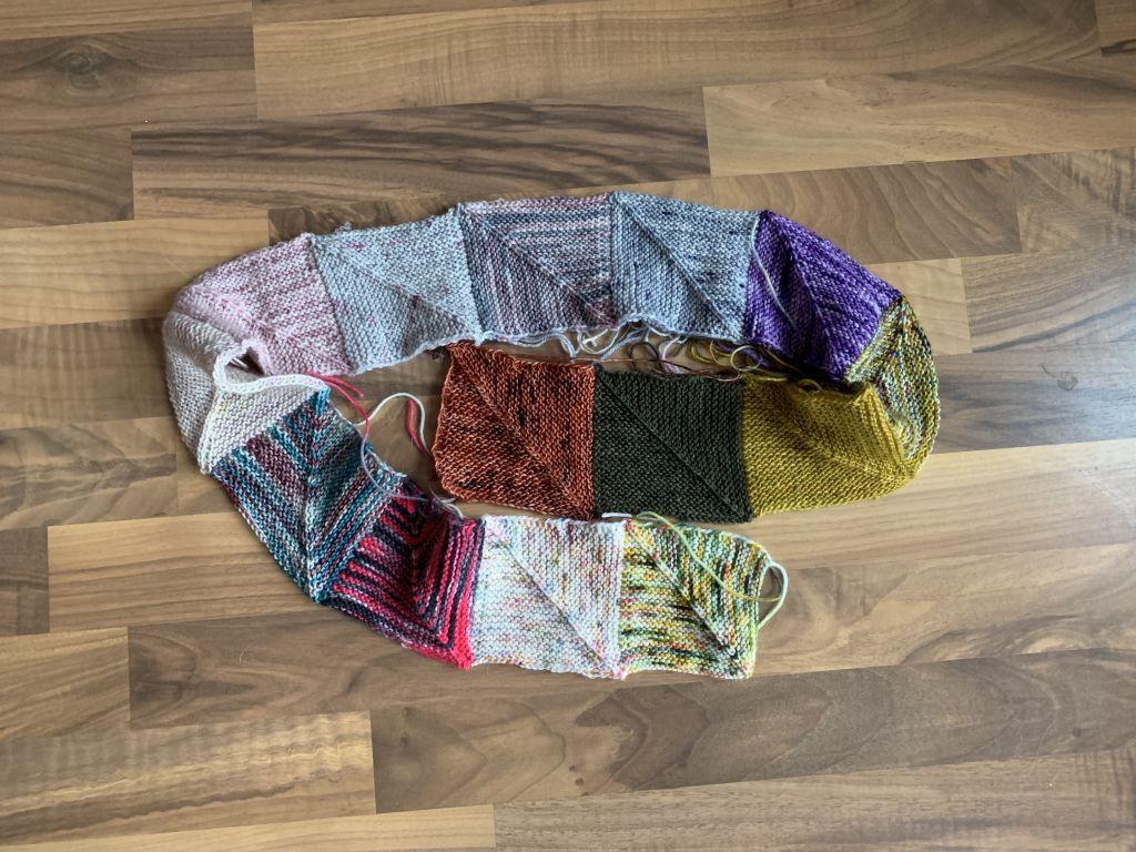 Januarmaschen: Cozy Memory Blanket
